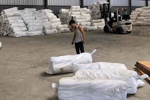 Insulation material ceramic fiber blanket delivery